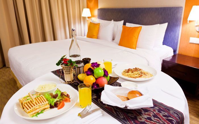 Overvej all inclusive på hotellet, hvis I skal bo i et område med opskruede turistpriser.